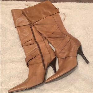 Light brown! below knee Leather boot! 👢